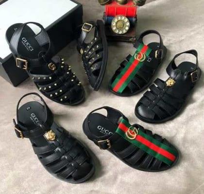 Dép rọ Gucci chính hãng có giá bao nhiêu?
