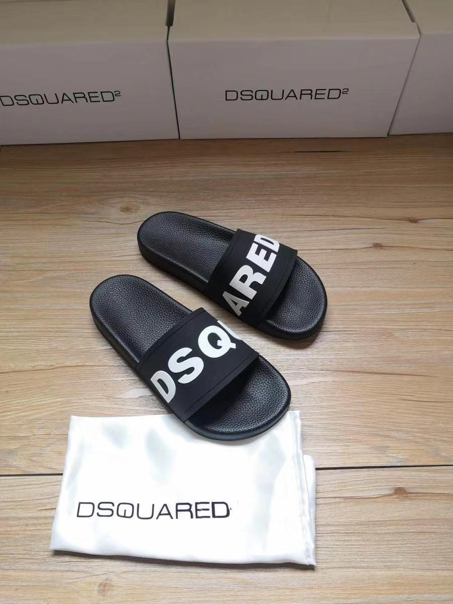 Dép Dsquared2 nam siêu cấp đen họa tiết DSQUARED trắng DDS18