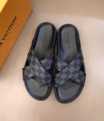 Dép Louis Vuitton nam siêu cấp quai chéo caro ghi đen DLV02