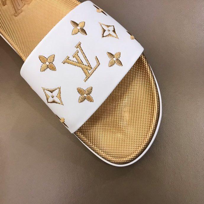 Dép Louis Vuitton nam like auth quai ngang hoa vàng DLV31