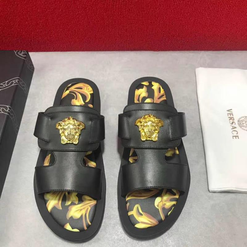 Dép Versace nam siêu cấp quai ngang hoạ tiết đen vàng DVS15