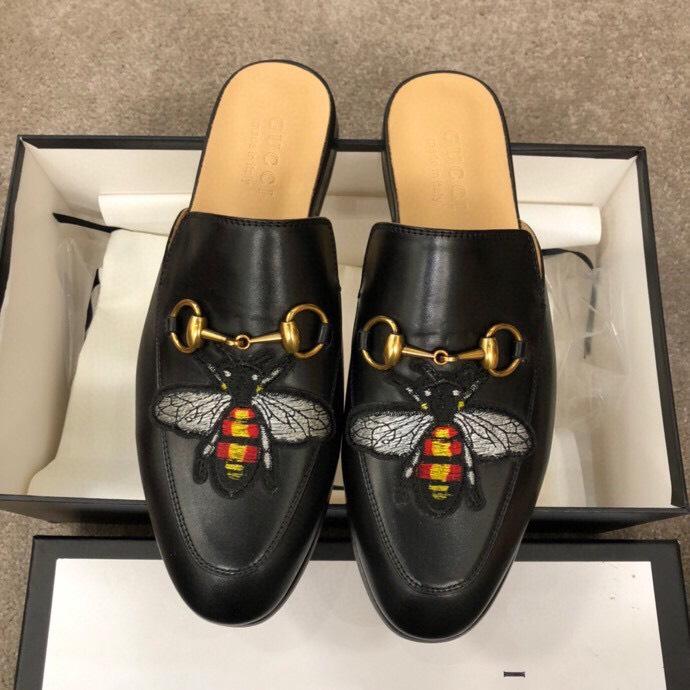 Dép sục Gucci nam siêu cấp đen hoạ tiết ong DGC22