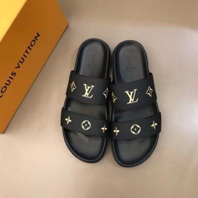 Dép Louis Vuitton nam siêu cấp hai quai màu đen logo vàng DLV77