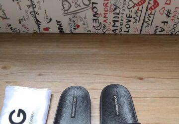 Dép nam Dolce & Gabbana siêu cấp họa tiết logo màu đen DDG10