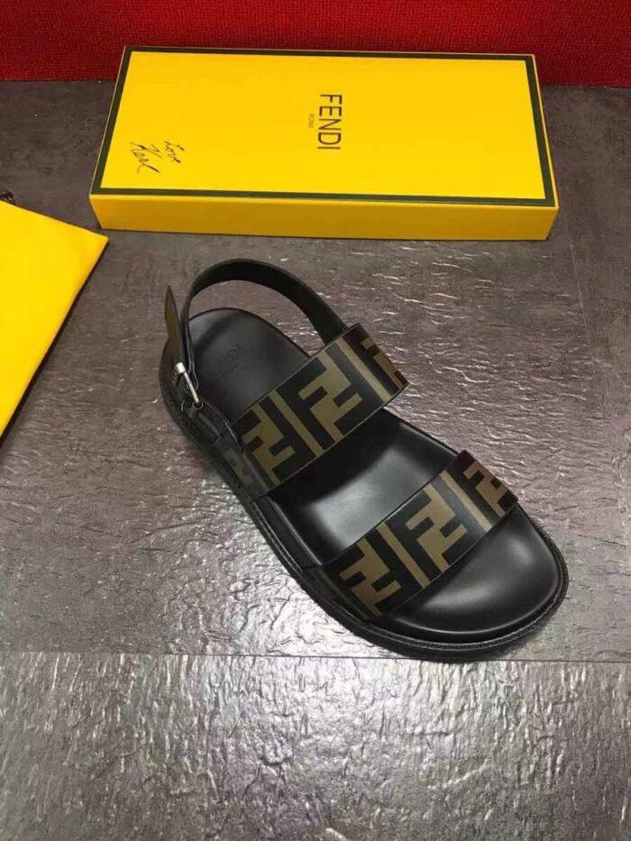 Dép nam Fendi siêu cấp quai hậu màu vàng đen DFD22