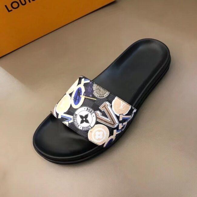 Dép nam Louis Vuitton siêu cấp phối họa tiết nhiều hình DLV52