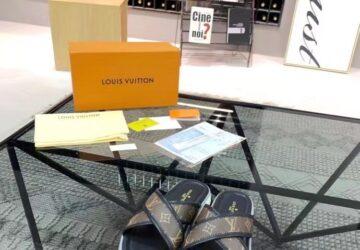 Dép nam Louis Vuitton siêu cấp quai chéo hoa nâu viền đen DLV32